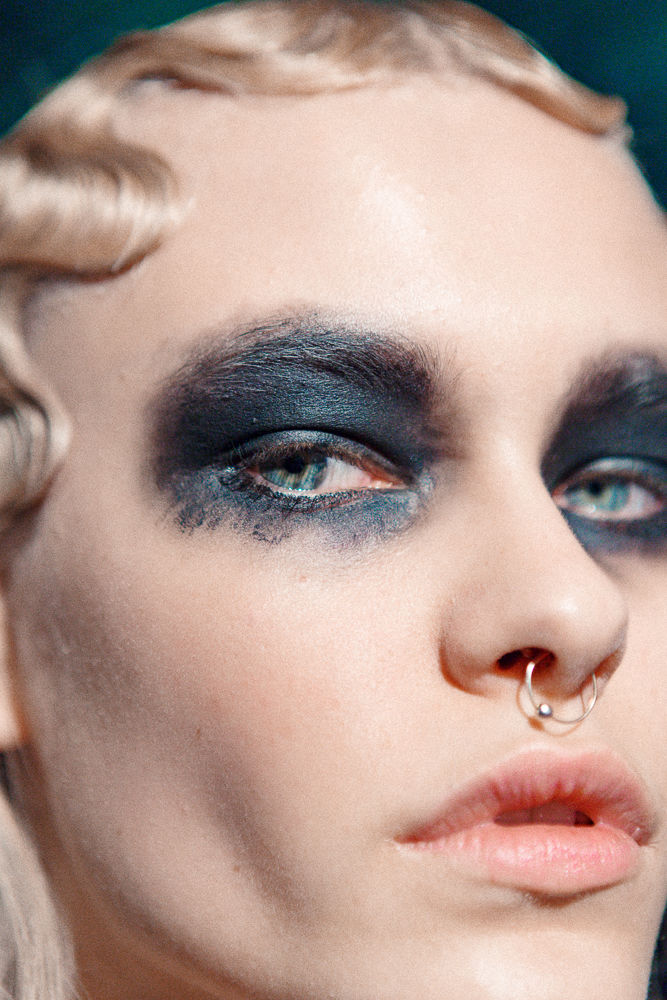 Slider_16_-_Scenes_From_Marc_Jacobs_F_W_2016