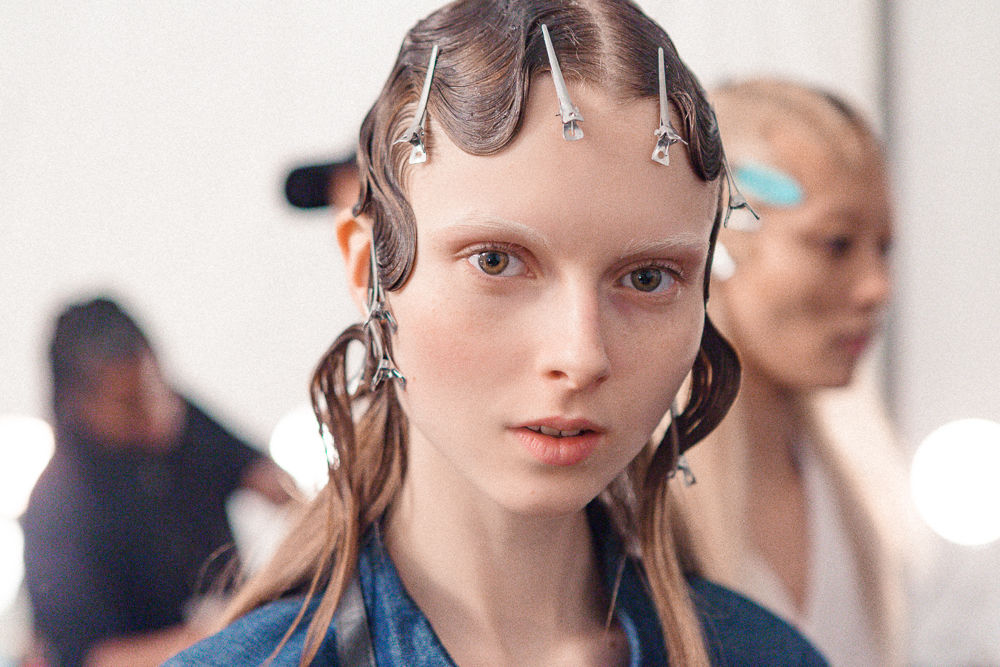 Slider_3_-_Scenes_From_Marc_Jacobs_F_W_2016