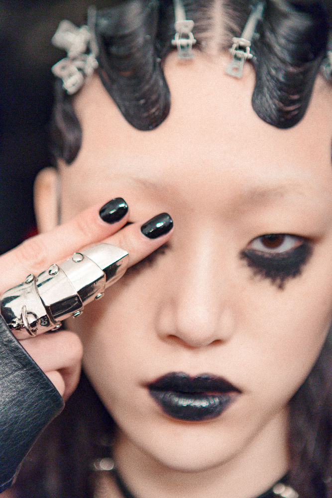 Slider_7_-_Scenes_From_Marc_Jacobs_F_W_2016