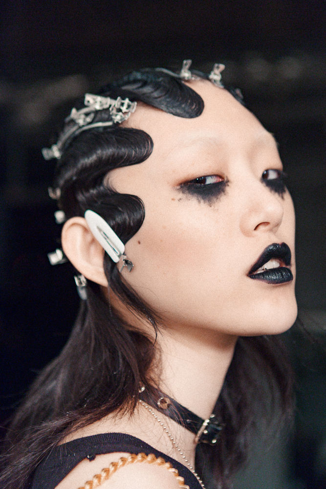 Slider_8_-_Scenes_From_Marc_Jacobs_F_W_2016